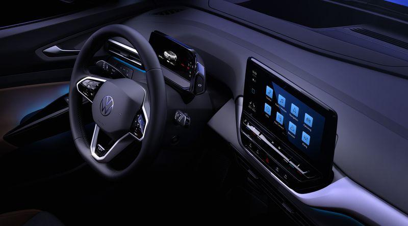 فولكس فاجن تستعرض داخلية سيارة ID 4 الكهربائية