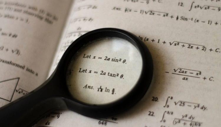 أفضل 10 برامج لحل المعادلات الرياضية